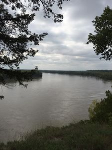 Overview MO River