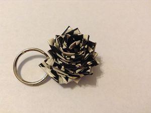 Houndstooth Flower Keychain