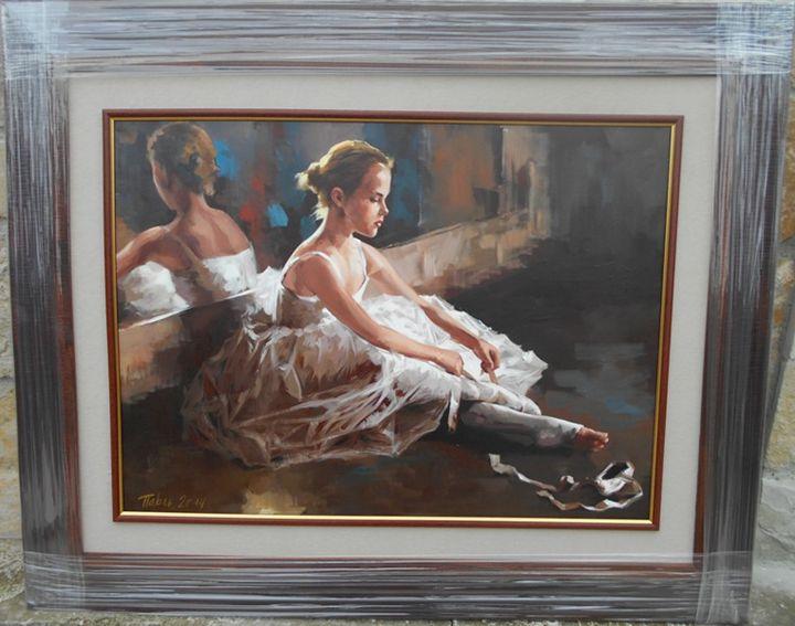 BALLERIN ON THE FLOOR - ARTS FROM SERBIA