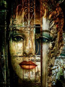 Behind the closed door - Gabi Hampe