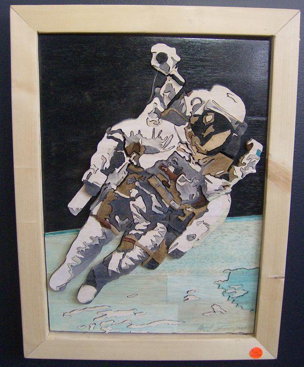 Spaceman - Scroll saw art
