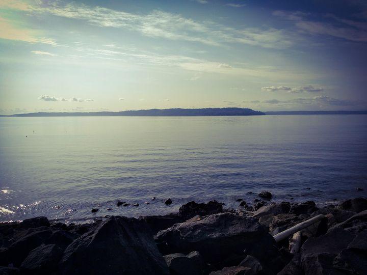 Saltwater Beach - Hazel Wonder