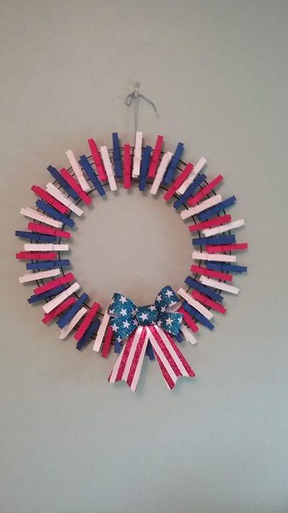 American Flag Clothespin Wreath - craftylewis
