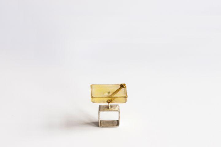 'The square ring' - Eka Brav