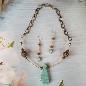 Turquoise magnesite (died) necklace