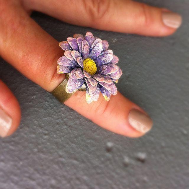 Chunky Lavendar Flower Ring - Kultof8