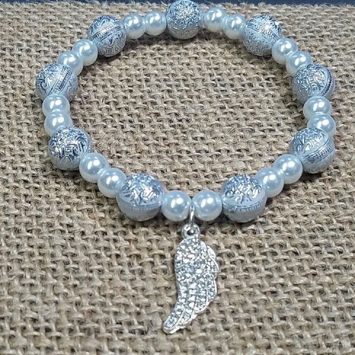 Pearl Diamond Angel Wing Bracelet - Treasure Hustlers