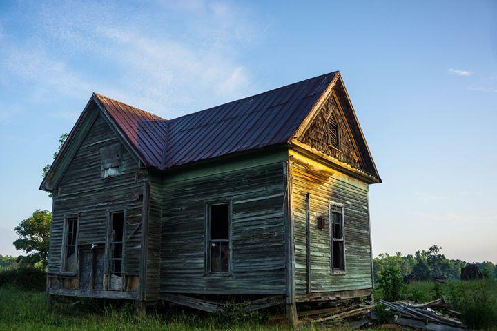 Rural House - Light & Reason Photos