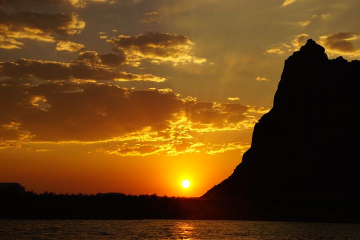 Lake Powell Sunset - Light & Reason Photos
