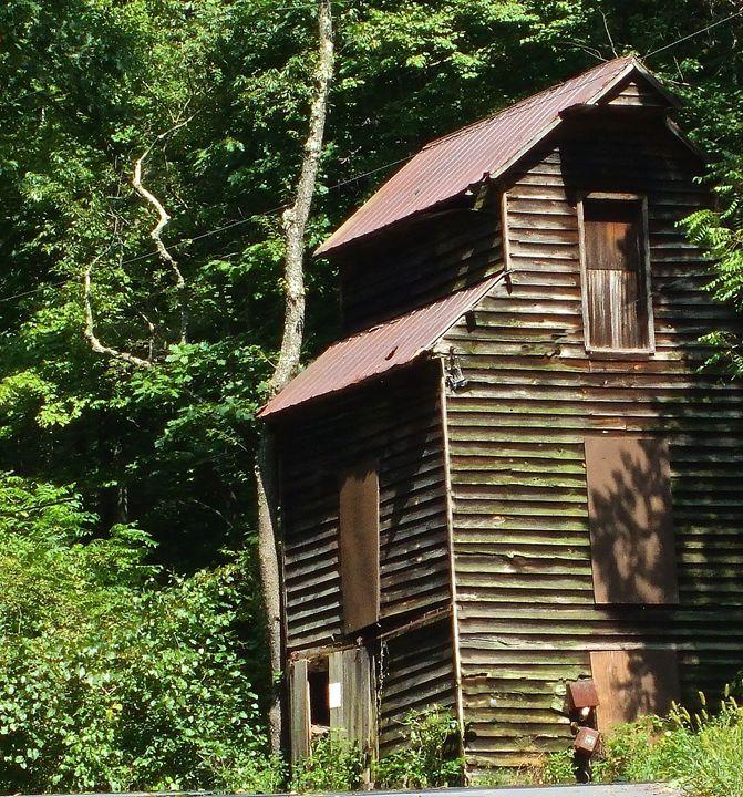 Old Mill - Wayne Bien