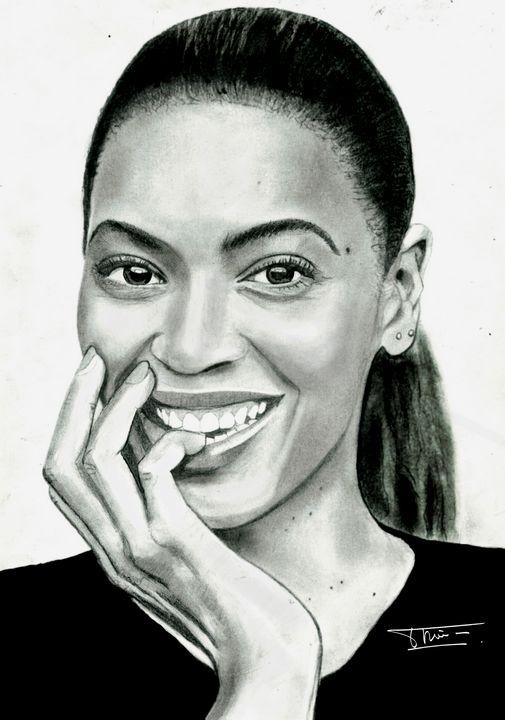 Beyonce - Realistic pencil portraits