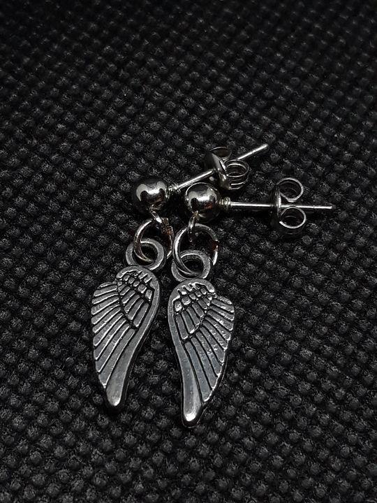 Small silver wings - Jennifer Lopez