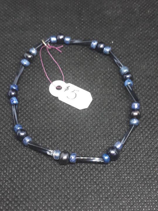 Black and dark blue bracelet - Jennifer Lopez