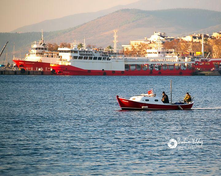 Kırmızı tekneler - yyazilim