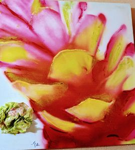 Barrel cactus flower - Ecologiestudios