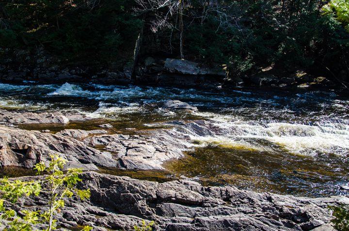 water, rocks - Kristina Cundiff Photography