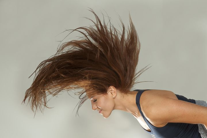 Ileana flipping hair - DLF Photo