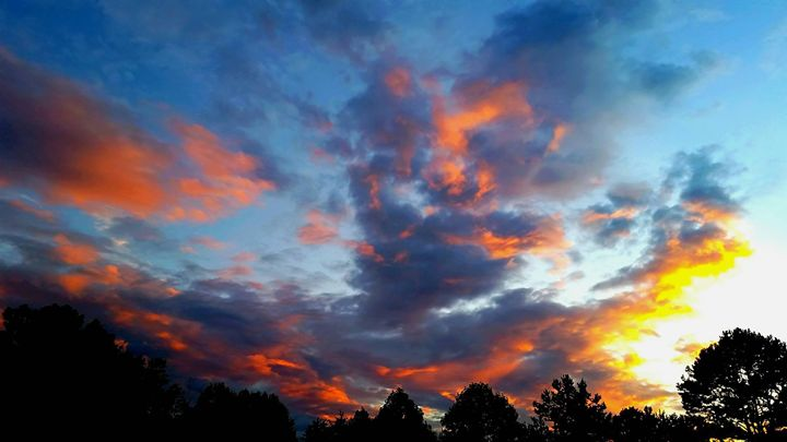 Sky is Ablaze - DreamColor