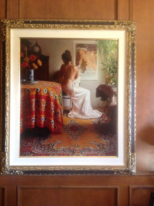 Salon des Scent - Benacquista Galleries