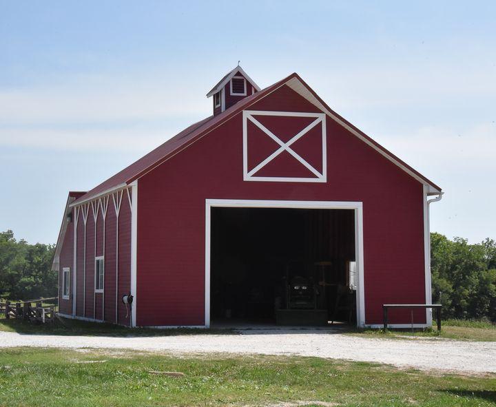 Nauvoo Horse Barn - Aspen Ridge Gallery