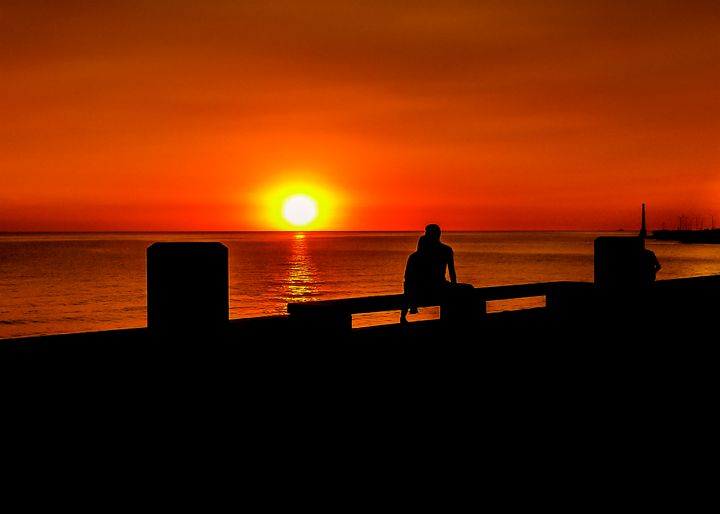 Urban Sunset Silhouette Coastal Scen - Photography