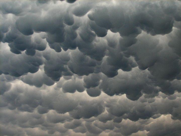 unusual  looking clouds - louie bouwer