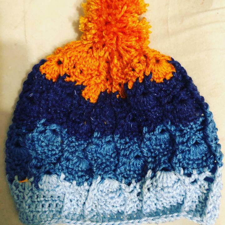 Crochet pineapple hat orange and blu - Fine Art and Crochet