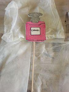 Chanel cupcake/cake topper
