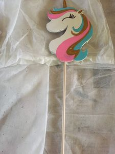 Unicorn cupcake/cake topper