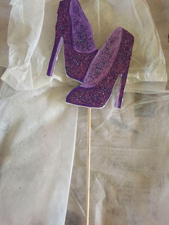 Glitter Heels cupcake/cake topper - CASHANDRA'S ARTWORK