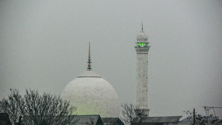 Hazratbal Dargah. - Daiyaan