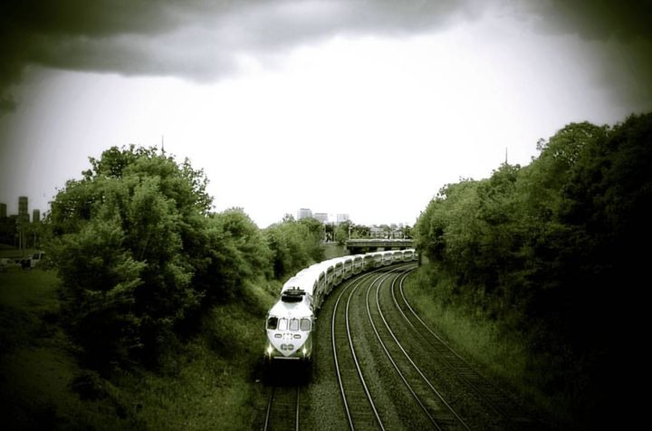 Catching The Train - Off The Gridd