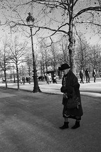 Classic lady, Paris