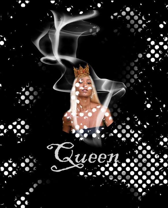 Queen III - Zisha's Designs