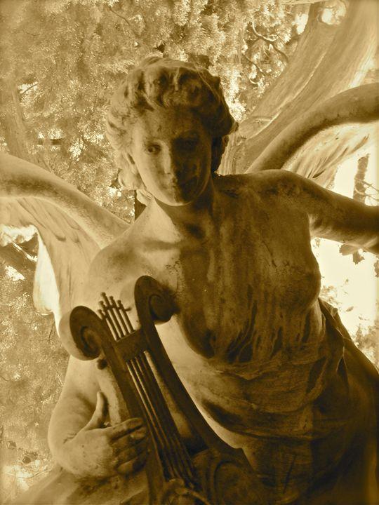Angel with Lyre - Robert Minick