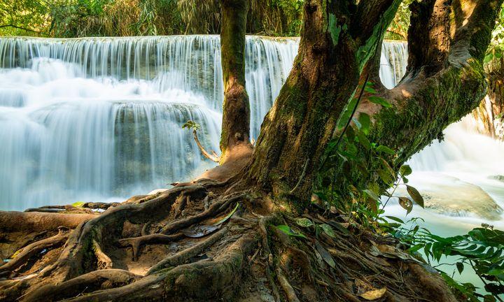 Waterfalls Kuang Si, Laos - OtaPhotoTours