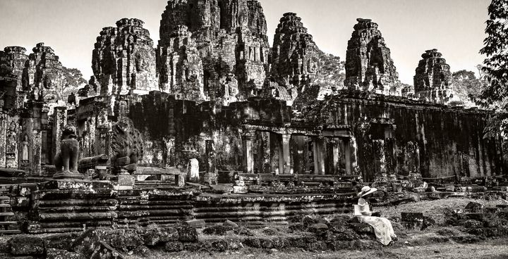 Bayon Temple - Waiting For Love - OtaPhotoTours