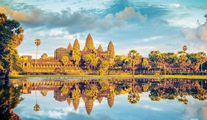 Angkor Wat in Golden Hour