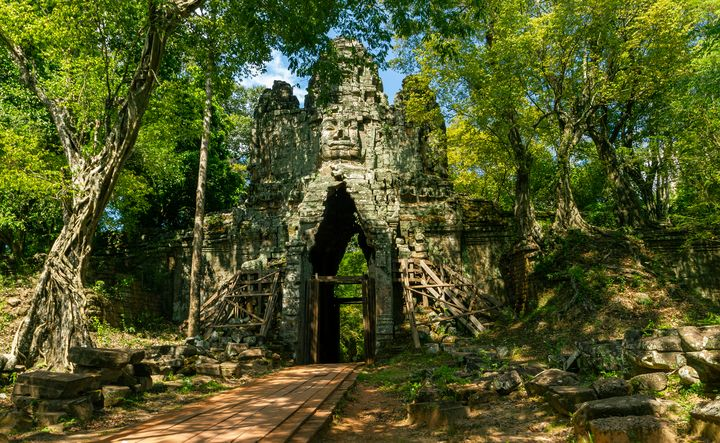 West Gate of Angkor Thom - OtaPhotoTours