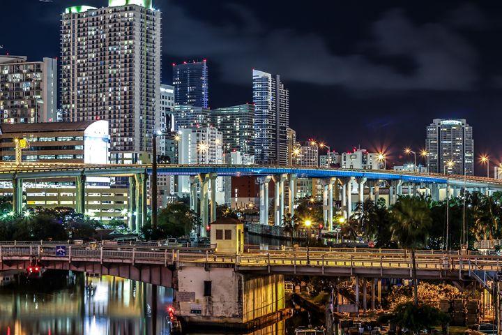 Miami - Suicidal.shotz