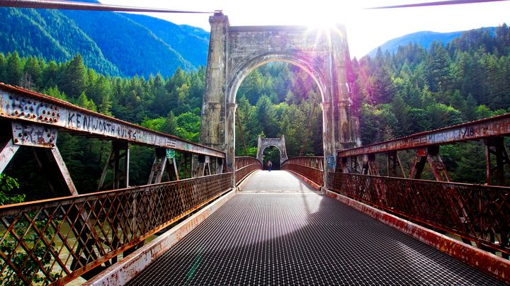 Alexandra Suspension Bridge - Sky North Photography