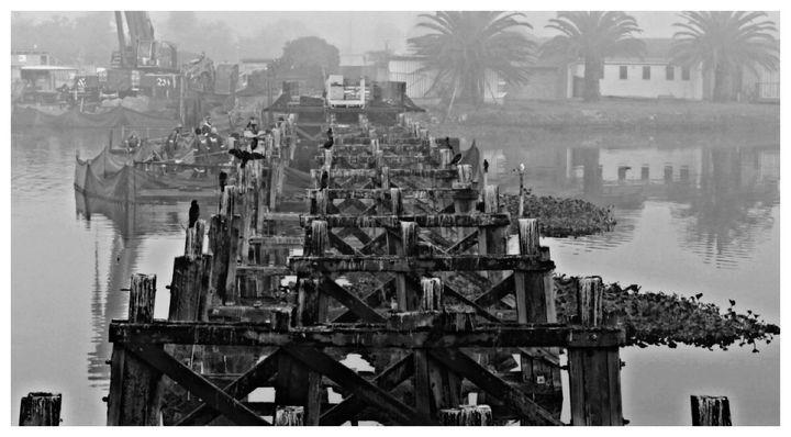 Old Woodbridge Monochrome - Omni Photo Art