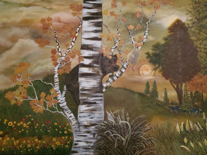 Do bears eat honey in the woods - Kiki J