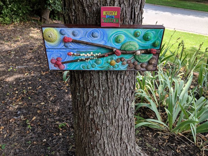 Coastal art: Painted Clay Ladybugs - JunkyLittleStudio