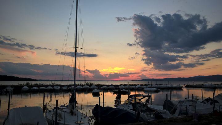 Trasimeno Lake sunset - Photogallery