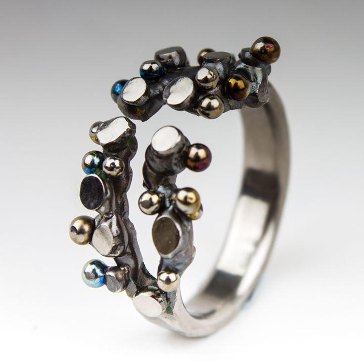 Spheres and Planes. Titanium ring - ArcWeldArt