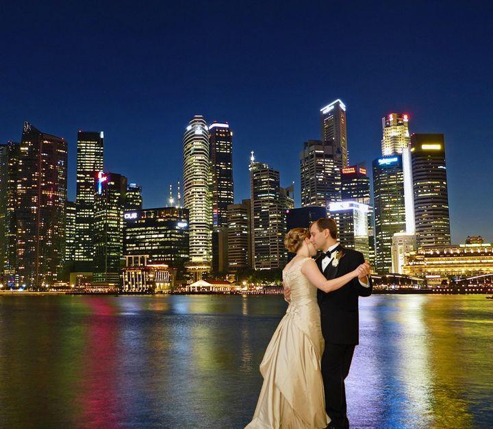 Romance on the Singapore River - imaginart