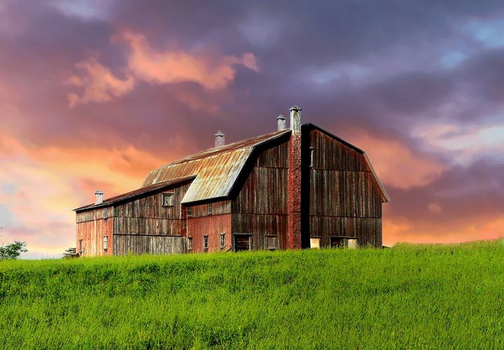 An old barn at the end of the day - imaginart