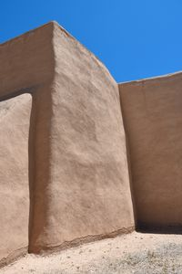 straw adobe wall