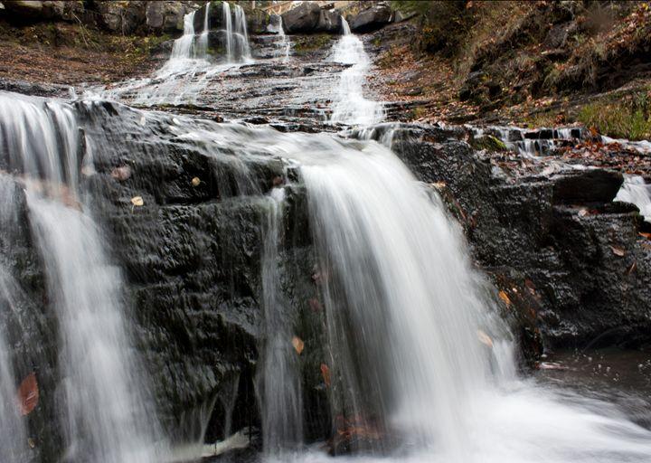 Fall Waterfall - Alex Sobiecki Photography